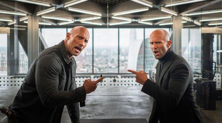 巨石強森、傑森史塔森兩大光頭硬漢在《玩命關頭:特別行動》將攜手合作抵抗匪徒作亂。