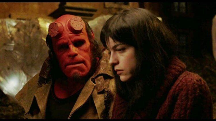 2004 年由吉勒摩戴托羅執導的黑暗英雄漫改電影《地獄怪客》在部分影迷新中留下深刻印象。
