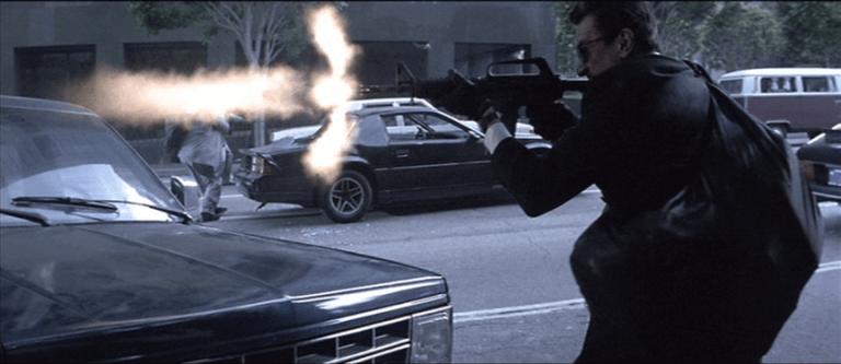1995 年勞勃狄尼洛、艾爾帕西諾及方基墨共演的動作片《烈火悍將》,驚心動魄的飛車畫面你可能在《美國隊長 2:酷寒戰士》中似曾相識。