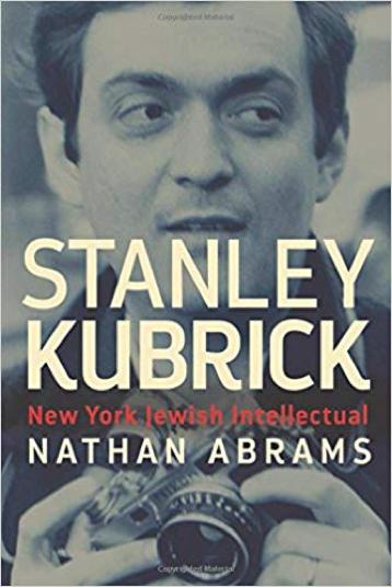 曾發表關於 庫柏力克 專書的 英國一位電影系教授 : 納森阿布拉姆斯 表示他發現那份佚失的劇本。