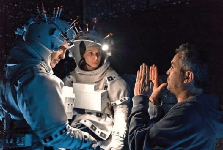 艾方索柯朗執導《地心引力》。