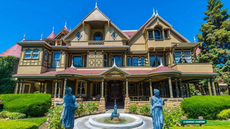 《溫徹斯特鬼屋》中的豪宅是真實存在,還可以買票參觀。