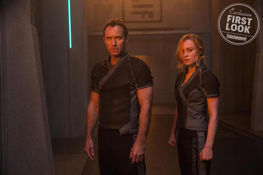 裘德洛 在《 驚奇隊長 》中飾演 Starforce 的指揮官。