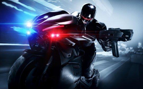 2014 年版《機器戰警》。