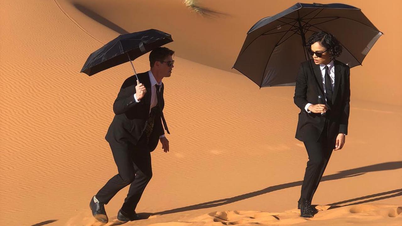 沙漠中的雷神&女武神!泰莎湯普森公開《MIB星際戰警》全新劇照首圖
