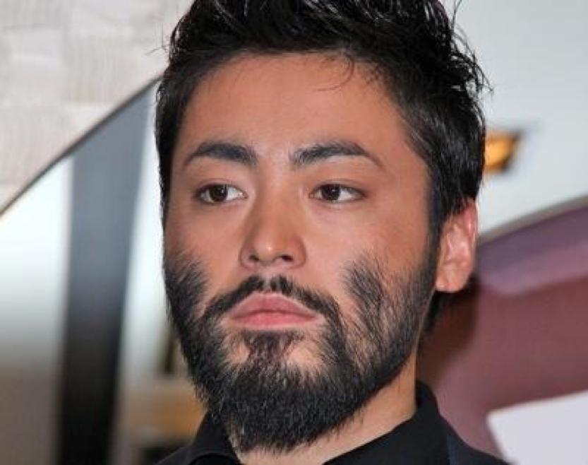 日本人氣男演員 山田孝之 。