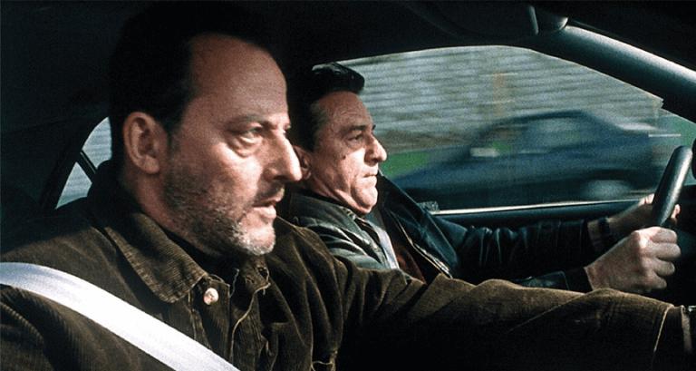 1998 年由勞勃狄尼洛、尚雷諾等人演出的動作片《冷血悍將》飆車片段也成為羅素兄弟拍攝漫威超級英雄電影時的養分。