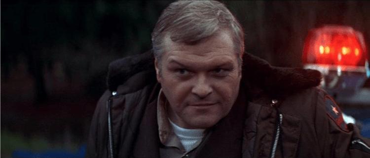 1982 年電影《第一滴血》中由布萊思丹尼希飾演的警長提塞爾。