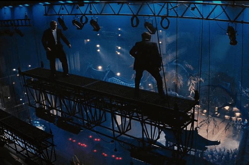 《 不可能的任務:失控國度 》 湯姆克魯斯 在其中挑戰許多超高難度的特技打鬥場景。
