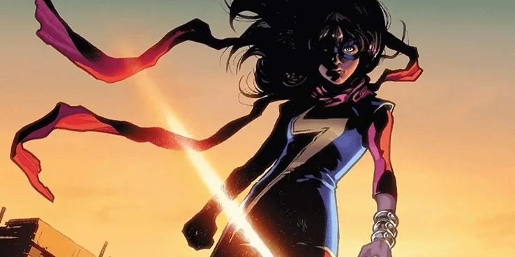 漫威漫畫中的「驚奇女士」努力將她生命中的各種元素保持平衡,包括她的人種和家庭。