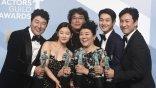 第 26 屆美國演員工會獎電影類得獎名單:《寄生上流》再寫影史紀錄,奧斯卡影帝后態勢明朗