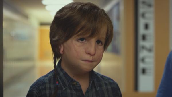 《不存在的房間》中的天才小童星雅各特倫布雷也將加入重啟版美劇《陰陽魔界》的演出。