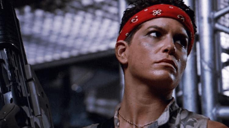 《異形 2》中由珍娜特哥德史坦飾演了與自己人種不同的角色。