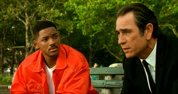 《MIB 星際戰警》中的威爾史密斯與湯米李瓊斯的搭配,演出了與漫畫原作不同的親切活力。