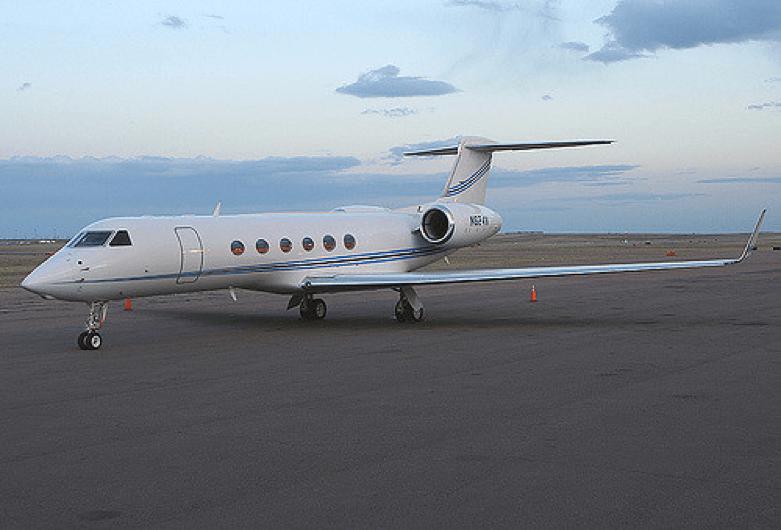 尼可拉斯凱吉 1159A 私人噴射機。