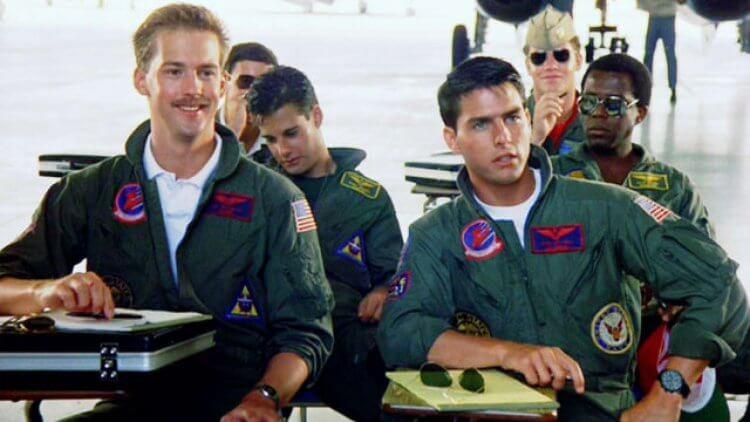 湯姆克魯斯、珍妮佛康納莉以及方基墨主演的經典電影《悍衛任務》續集計畫也在推動中。