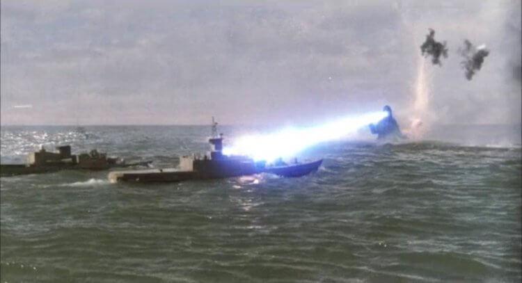 平成時代的哥吉拉,在水上活動的畫面已經轉變成站姿為主了。