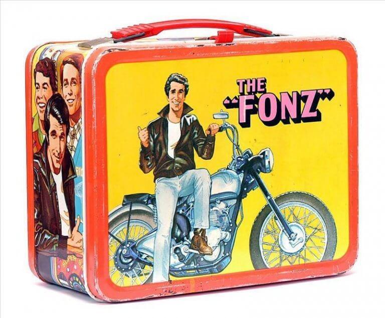 用來藏宇宙魔方的 Happy Days 午餐盒