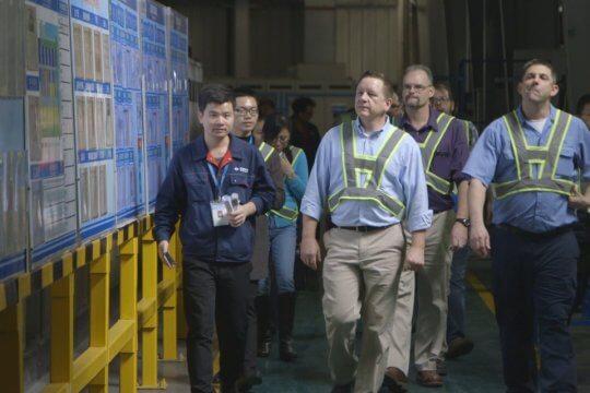 奧斯卡最佳紀錄片:《美國工廠》(American Factory)