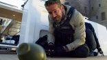 抱歉這麼大聲!當「爆破專家」麥可貝遇上嘴砲專家萊恩雷諾斯——《鬼影特攻:以暴制暴》預告爆破登場