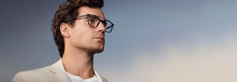 亨利卡維爾不當超人的時候,代言了 BOSS 眼鏡──真是帥氣!