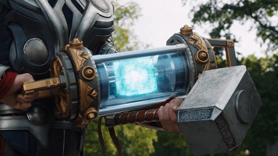 漫威電影宇宙中的空間寶石,在《復仇者聯盟 4:終局之戰》經量子領域前往的 2012 年中,被洛基給打包帶走了。