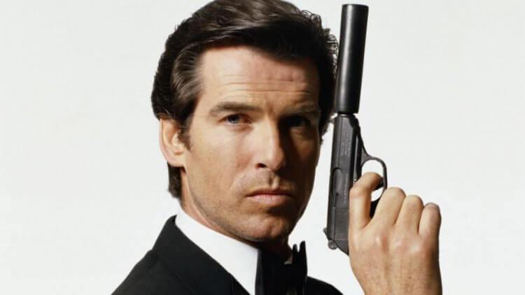 皮爾斯布洛斯南飾演 007 詹姆 士龐德後,其銀幕上配戴的手錶甫正式與精品名錶品牌聯名合作。