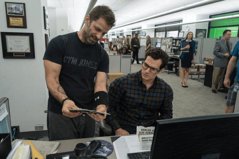 導演查克史奈德與飾演超人的亨利卡維爾。