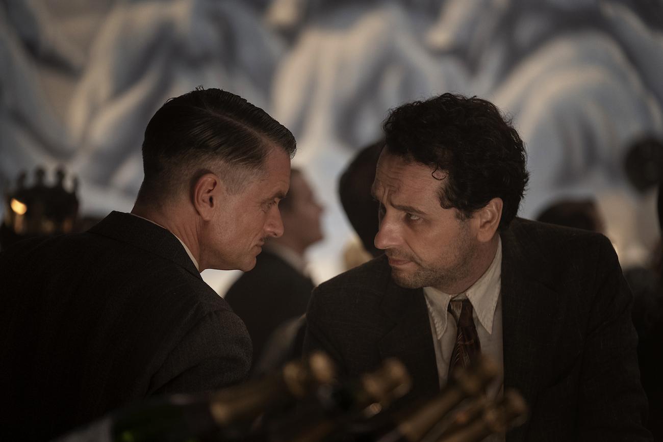 HBO 原創影集《新梅森探案》劇照。