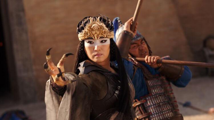 鞏俐在《花木蘭》飾演反派女巫。