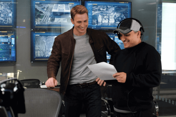 拍攝《美國隊長 3:英雄內戰》時的克里斯伊凡與喬羅素。