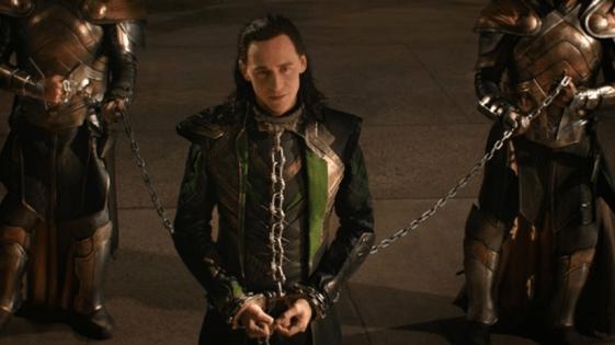 《雷神索爾 2:黑暗世界》中的洛基 (Loki)。