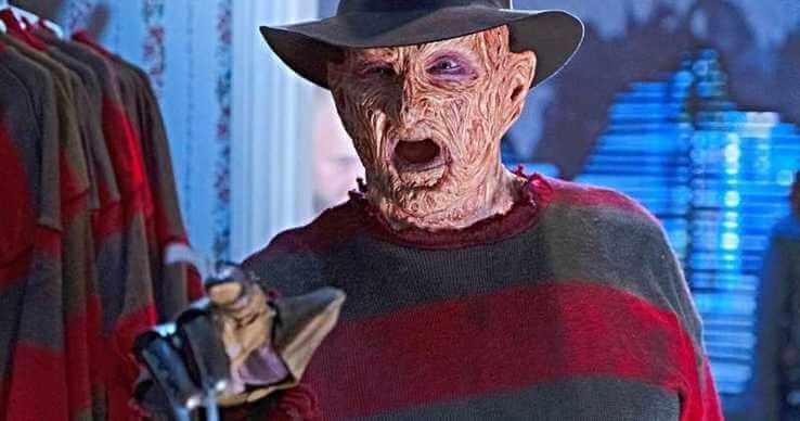 還記得猛鬼街:《半夜鬼上床》的殺人魔佛萊迪庫格那沾滿鮮血的尖刀手套嗎?