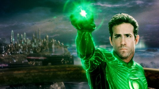 《綠光戰警》(Green Lantern) 劇照。
