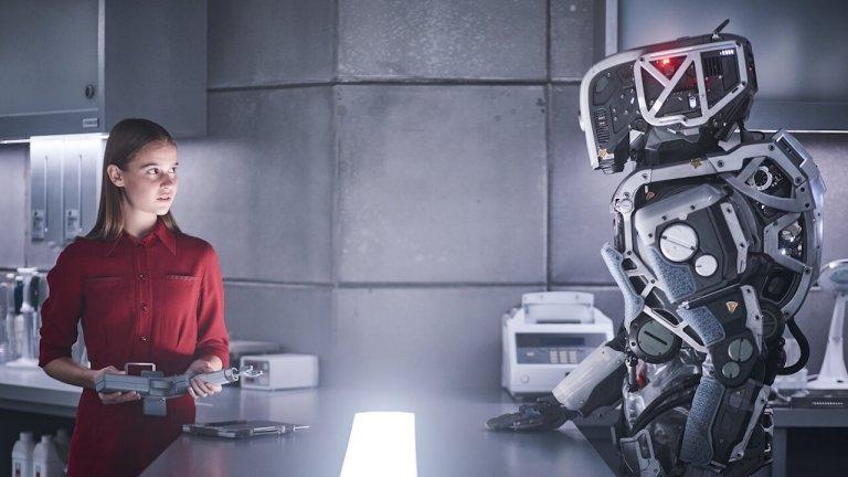 如果有一天,人工智慧成為你的母親?受封為好萊塢最期待的科幻故事《AI終結戰》