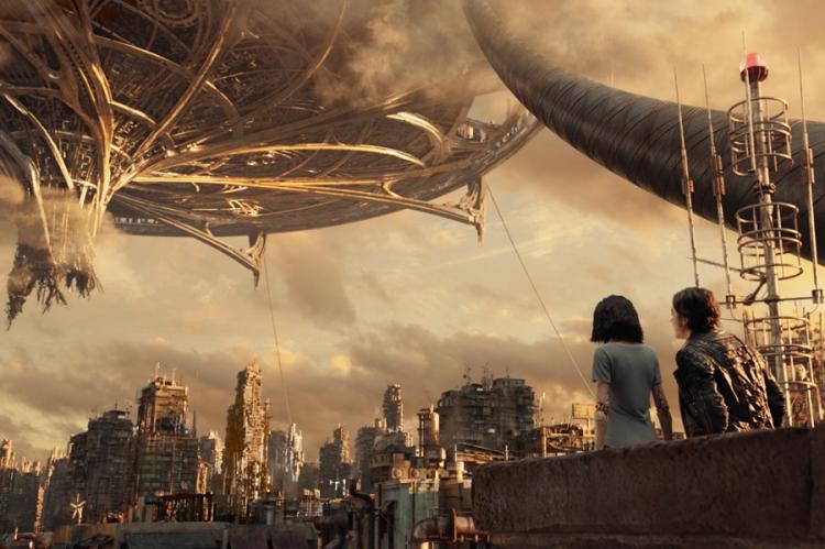 羅勃羅德里茲《艾莉塔:戰鬥天使》電影劇照。