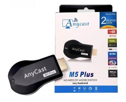 手機影片同步到電視:AnyCast M5-Plus 電視棒。