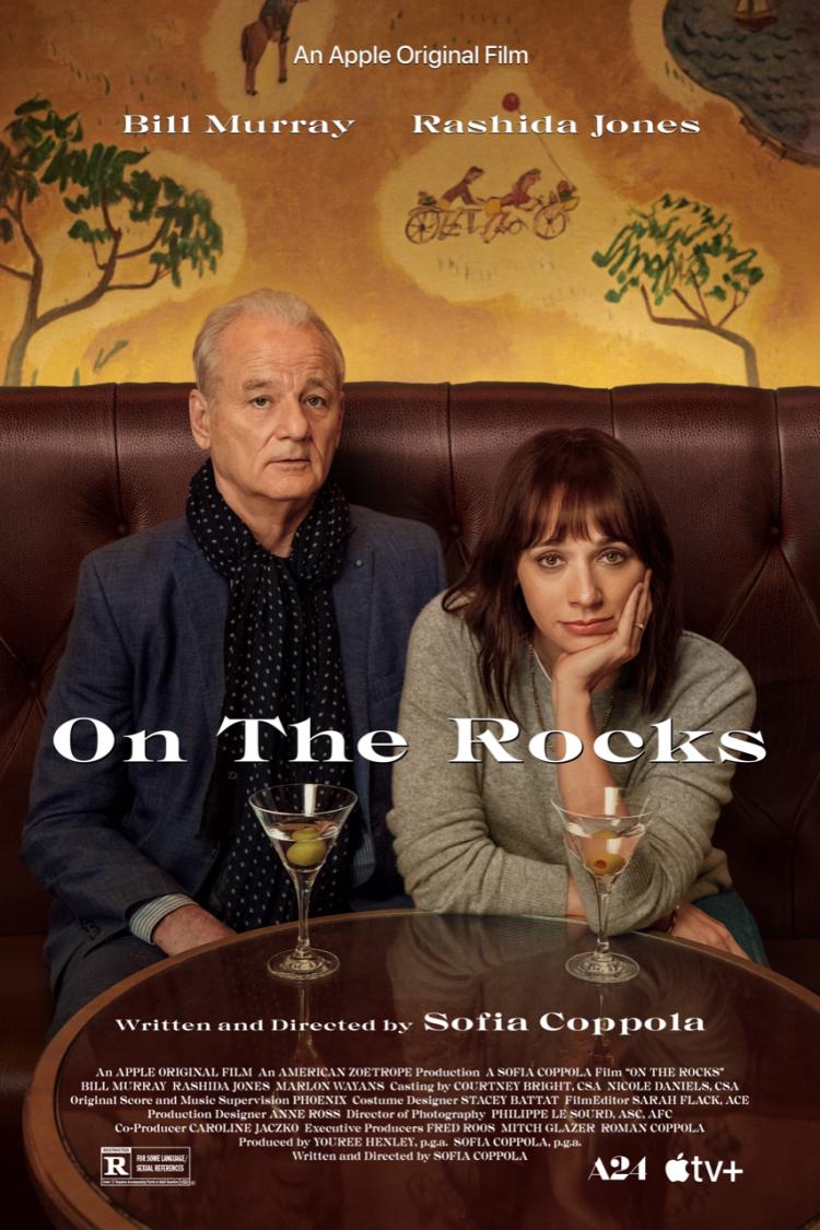 比爾莫瑞與拉西達瓊絲在 Apple TV+ 電影《人生觸礁時》飾演父女。