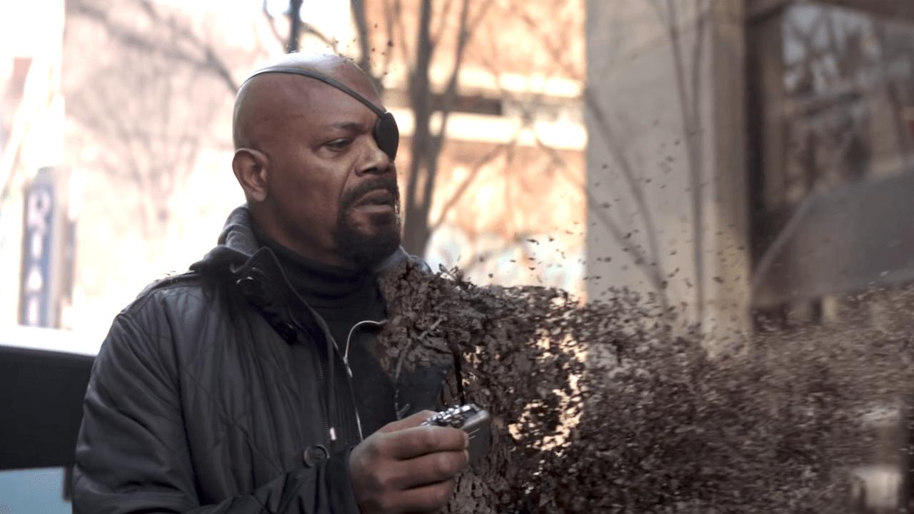 2018 年漫威《復仇者聯盟:無限之戰》片末,尼克福瑞拿出摳機,為驚奇隊長這偽鈔急英雄的登場留下伏筆。