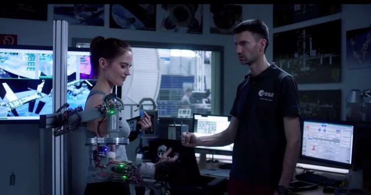 伊娃葛林主演的《星星知我心》細膩展現出太空人的訓練過程。