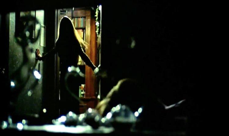 鮑伯克拉克 1974 年執導的《女生驚魂記》,為後世砍殺電影立下根基。