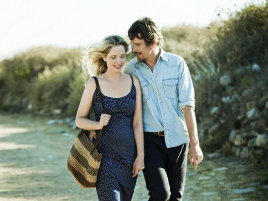 《愛在午夜希臘時》讓觀眾見證戀人們橫跨 18 年的感情生活