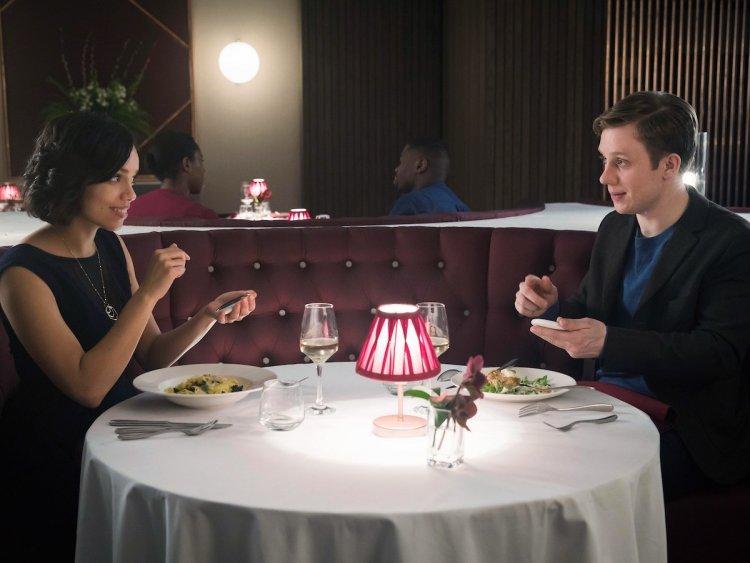 AMC 科幻影集《Soulmates》劇情不禁讓人想到 Netflix 科幻劇《黑鏡》。
