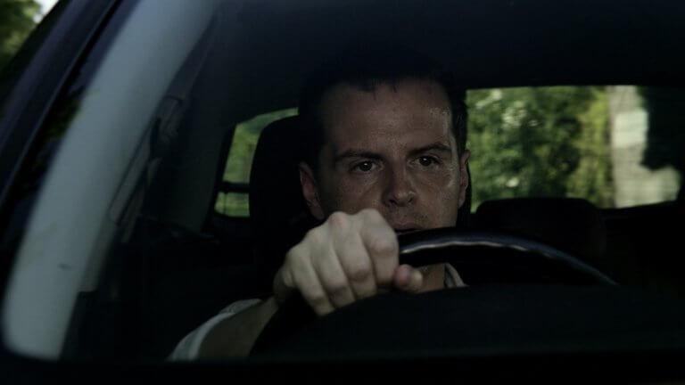 《黑鏡》第五季中的《碎片》故事中,安德魯史考特飾演一名捲入綁架事件的 Uber 司機。