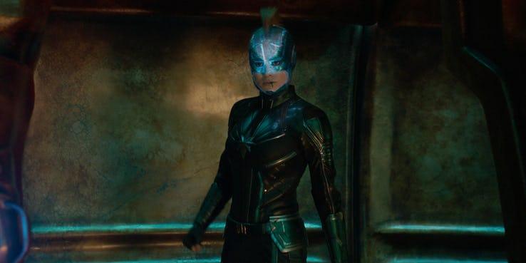 預告片中驚奇隊長的頭盔與漫畫非常相似