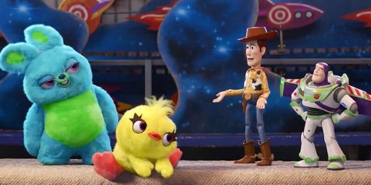 《玩具總動員 4》(Toy Story 4) 中致敬史蒂芬金 《鬼店》(The Shining) 的 237 號房。