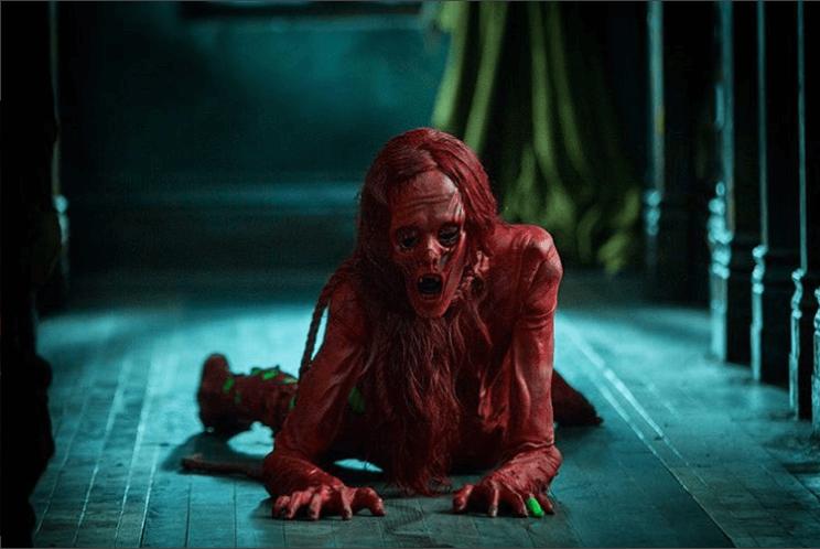 《 腥紅山莊 》裡的女鬼