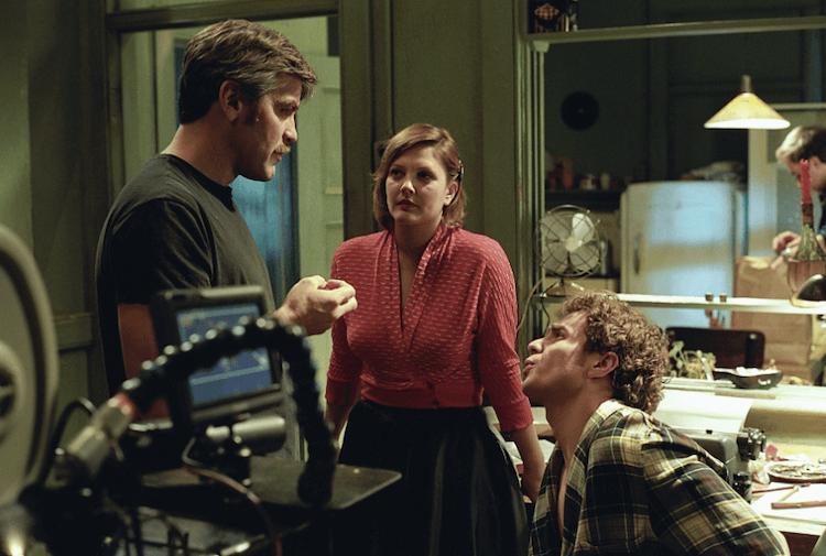 喬治克隆尼執導《神經殺手》。