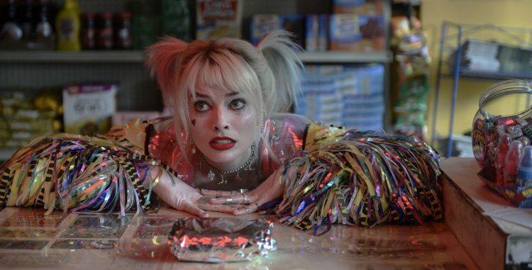 瑪格羅比飾演的哈利奎茵在《猛禽小隊:小丑女大解放》與小丑分手,而展現出脆弱的一面。