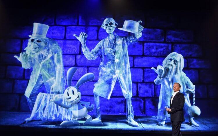 迪士尼樂園遊樂設施「幽靈公館」改編電影《鬼屋》即將再度重啟。